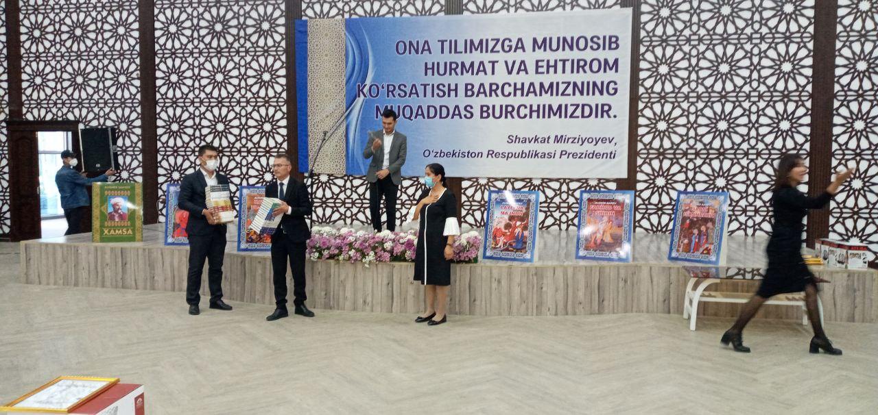 21 oktyabr O'zbek tili bayrami munosabati bilan Yoshlar innovatsion markazida ma'naviy ma'rifiy tadbir bo'lib o'tdi.